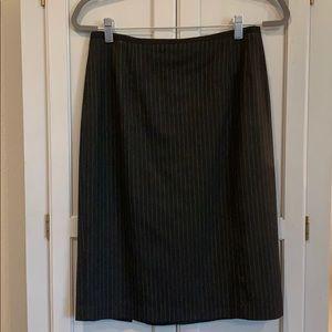 Nanette Lepore pinstripe pencil skirt size 6. EUC